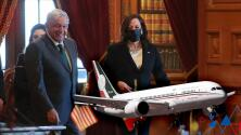 """""""Riéndose"""": AMLO relata sobre el chiste que Kamala Harris le habría hecho sobre el controversial avión presidencial de México"""