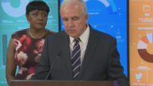 """""""Comiencen a prepararse"""": alcalde de Miami-Dade habla de la llegada del huracán Doria a Florida"""