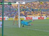 ¡El poste le niega el gol a Gignac! Tigres por poco abre el marcador