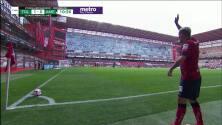 ¡GOOOL! Raul Lopez anota para Toluca.