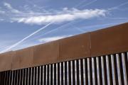 Así opera un coyote en la frontera: cobra desde $6,000 por la falsa promesa de cruzar migrantes hacia EEUU