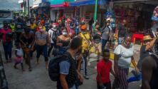 """""""Todos los niños están enfermos"""": inmigrantes abarrotan las calles de Tapachula, en su mayoría haitianos"""