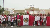 Peruanos en Miami-Dade protestan en rechazo a las elecciones presidenciales de ese país