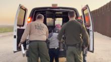 Joe Biden cambia las reglas sobre asilo, dándole así una esperanza a familias inmigrantes