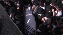 """""""No puedo describirlo con palabras"""": las imágenes de la brutal estampida que se cobró la vida de decenas de personas en Israel"""