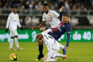 Soccer Football - Ligue 1 - Amiens SC v Paris St Germain - Stade de la Licorne, Amiens, France - January 12, 2019 Paris St Germain's Kylian Mbappe in action with Amiens' Emil Krafth REUTERS/Pascal Rossignol