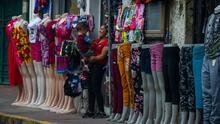 Felicidad y ansiedad: comerciantes en la frontera entre EEUU y México celebran anuncio sobre la reapertura fronteriza