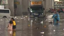 Tifón mortal y diluvios destructores: impresionantes imágenes de varios países sumergidos bajo agua