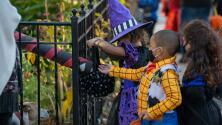 Cuidado con los dulces que reciben tus hijos este Halloween: advierten que pueden tener marihuana