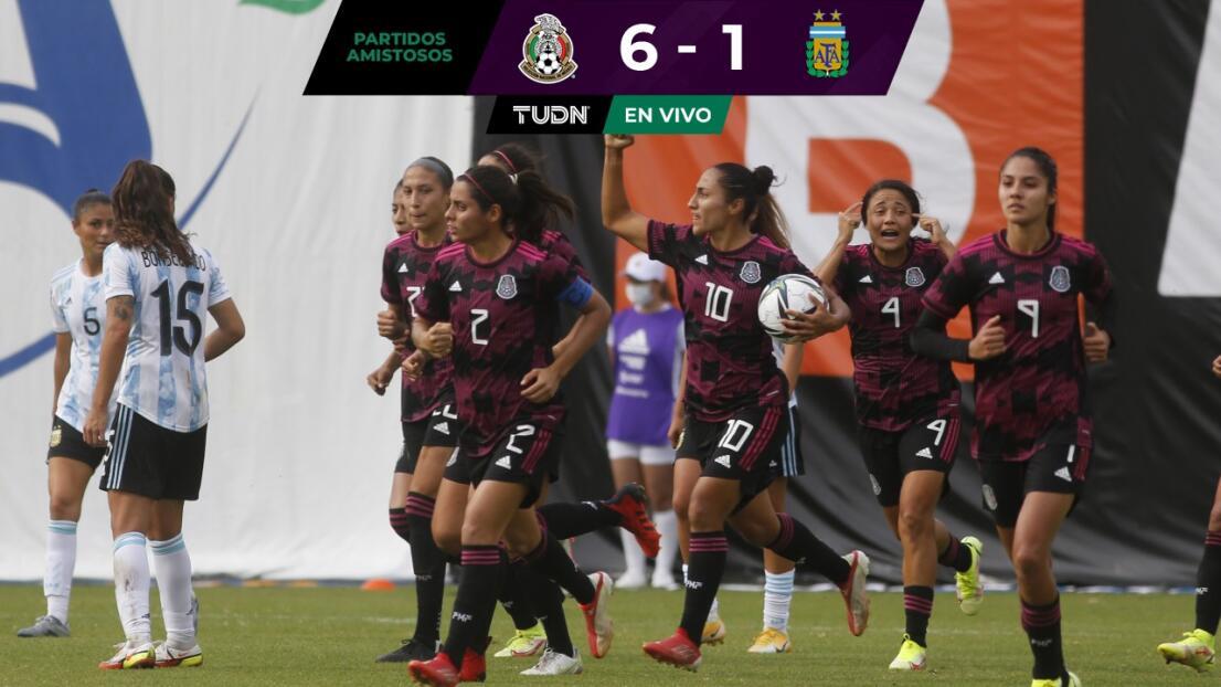 ¡México pasa por encima de Argentina!