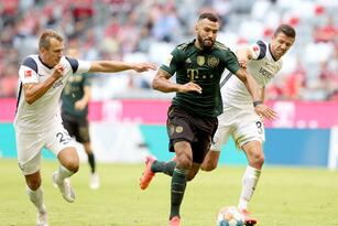 Lewandowski llega a 19 partidos consecutivos marcando con el Bayern Munich y los locales golean 7-0 al Bochum.
