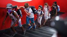 ¿Se está cumpliendo la cuarentena para estudiantes de CPS que viajaron por el feriado de 'Labor Day'?