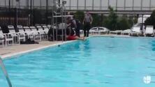 Demandan a policías por observar cómo un hombre se ahoga, lo rescataron dos minutos después
