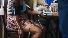 Doctora explica cómo controlar la presión arterial para evitar enfermedades cardiacas