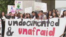 Estudiantes de UC Davis expresan su apoyo a DACA y DAPA