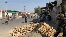 Al menos 37 muertos deja atentado en una mezquita en Afganistán a la hora del rezo