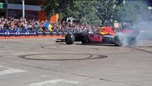 """""""Estoy muy contento de estar en casa"""": Checo Pérez dio un espectáculo de Fórmula Uno en Dallas"""