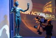 Miles de trabajadores de televisión y cine de Hollywood podrían salir a paro