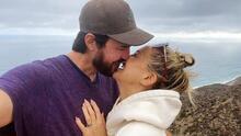 Así de feliz Kate Hudson anuncia su compromiso con Danny Fujikawa