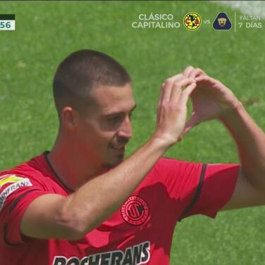 ¡Toluca descuenta! Ian González cobra perfecto el penalti para el 1-2