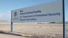 """Informe revela las """"inhumanas"""" condiciones en las que mantienen a los inmigrantes en Eloy, Arizona"""