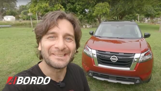 5 Minutos A Bordo del Nissan Pathfinder 2022   Univision A Bordo