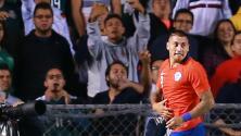 Felicidad y motivación generaron en Nicolás Castillo las palabras de apoyo de Iván Zamorano