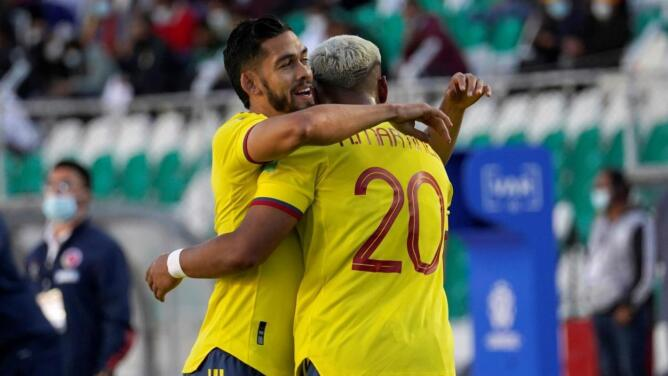 Andrés Andrade es baja con Colombia ante Chile