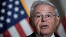 Senador Bob Menéndez descarta una posible intervención militar de EEUU en Cuba