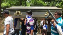 Entierran al estudiante que murió por un disparo en la cabeza en una iglesia de Nicaragua