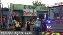 Tienda de piñatas registra al menos un millón de dólares en pérdidas tras un incendio