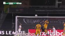 Cabezazo fácil de Pizarro para dejar escapar la ventaja de Tigres