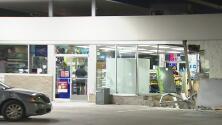 Buscan a los sospechosos que intentaron llevarse el cajero automático de una gasolinera en Houston