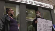 Preocupación en miles de hondureños en EEUU por los obstáculos al tramitar la nueva identificación que exige ese país