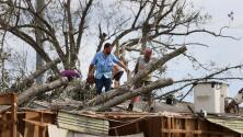 """""""No se ha visto ayuda"""": residente damnificado por huracán Ida en Houma, Louisiana"""