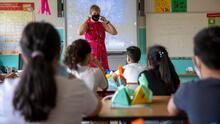 El impacto de la escasez de maestros y personal en los distritos escolares de California