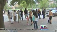 Protestan en Houston por falta de cargos a oficial involucrado en tiroteo