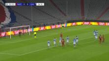 ¡GOL!  anota para FC Bayern München. Robert Lewandowski