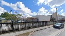 Asistente de entrenador de una escuela de Miami-Dade es acusado de violar a una adolescente