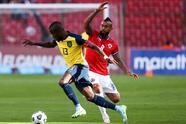 Chile tuvo un hombre más en la parte final del encuentro pero no encontró la llave para abror la portería de Ecuador.