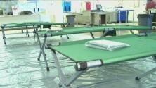 Abren varios albergues para auxiliar a los afectados por el incendio La Tuna