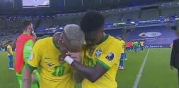 ¡No aguanta las lágrimas! Neymar abandona el campo con tristeza