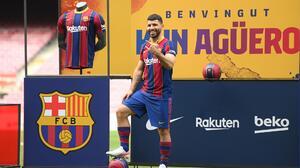 'Kun' supera lesión y es convocado por Barça ante Valencia