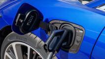 ¿Es tiempo de comprar un carro eléctrico?, expertos responden