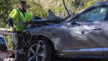 Detectives investigan la camioneta accidentada de Tiger Woods