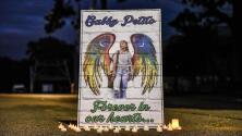 Familiares y amigos le dan el último adiós a Gabby Petito en un funeral público en Nueva York