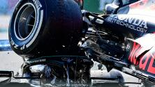 ¡Impresionante! La llanta de Verstappen tocó la cabeza de Hamilton