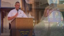 Le pidió tener relaciones con su esposa e hija a cambio de un ascenso: Las acusaciones que pesan sobre jefe de policía en Nueva Jersey