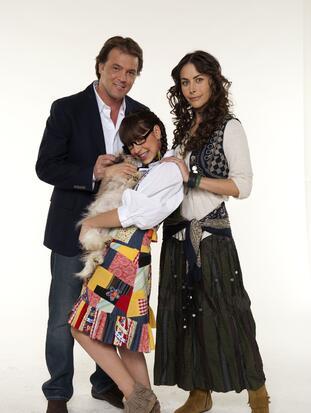 """""""Atrévete a soñar"""" fue la última novela que estelarizó Guzmán en Televisa junto a Danna Paola y René Strickler, la cual fue muy exitosa.  <br>"""