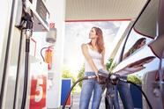 Pretty,Young,Woman,Refuel,The,Car